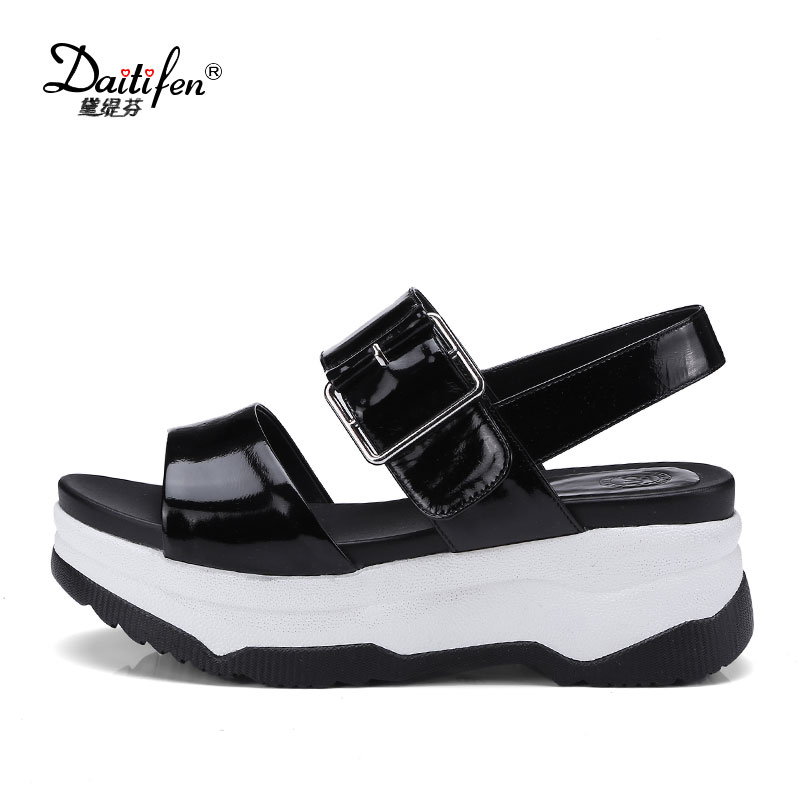 Daitifen Summer Women Platform Sandals Genuine Leather Flat Sandals Casual Wedge Shoes Woman Comfortable Summer Footwear Black new 2018 summer women sandals platform heel leather comfortable wedge shoes ladies casual sandals