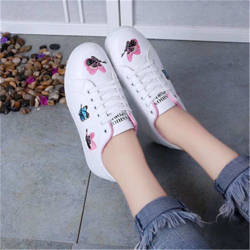 2018 Frauen Lace-up Schuhe Mode Frauen Straps Turnschuhe Stickerei Blume Schuhe Frauen Vulkanisieren Schuh Weiblichen Mädchen Schuhe Direktverkaufspreis