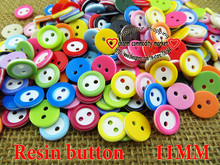 100PCS 11MM Dyed RESIN 2-Holes kids buttons resin coat boots sewing clothes accessories brand button R-132a