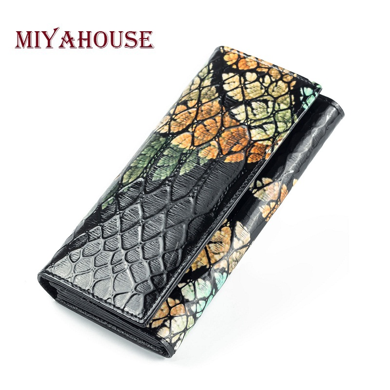 купить Miyahouse Fashion Design Female Hasp Wallets Long Leaves Purses Genuine Leather Women Flower Embossing Card Holder Wallet по цене 948.57 рублей