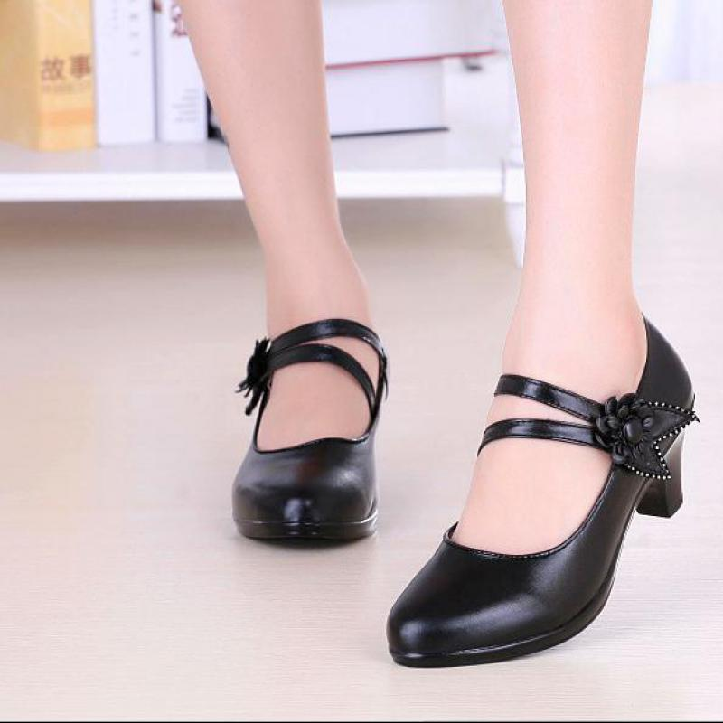 2018 New Style With Black Cowhide Black Ladies Middle <font><b>Heel</b></font>. Round Head Comfortable Single Shoe image