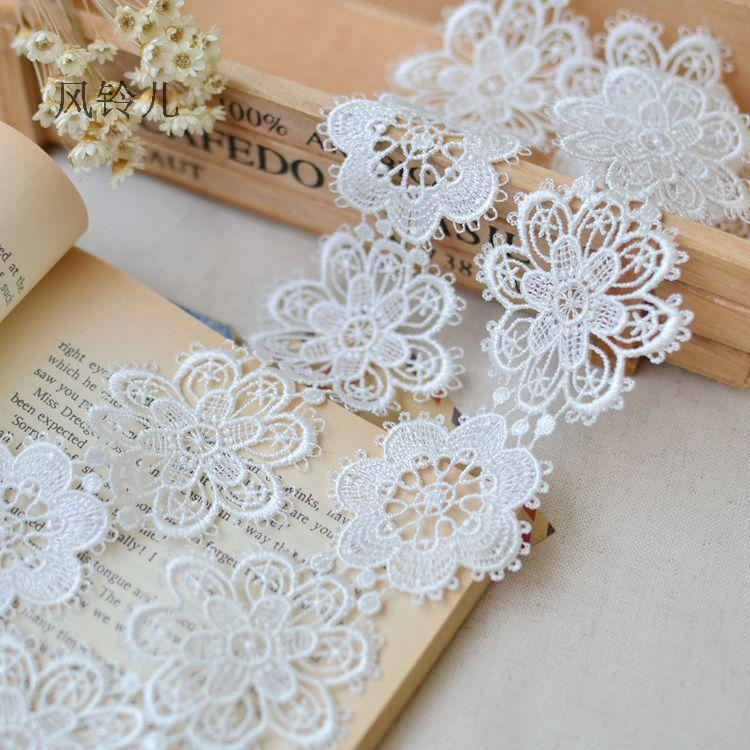Free Shipping 5.5cm 10yards/lot Exquisite Polyester Flower Lace Trimming Water Souble Floral Wedding Decor Accessary