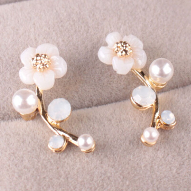 EAR VINES Shell Pearl Flower Ear Cuffs Wrap Pin Sweep up Climber Earrings yRe3kexQf