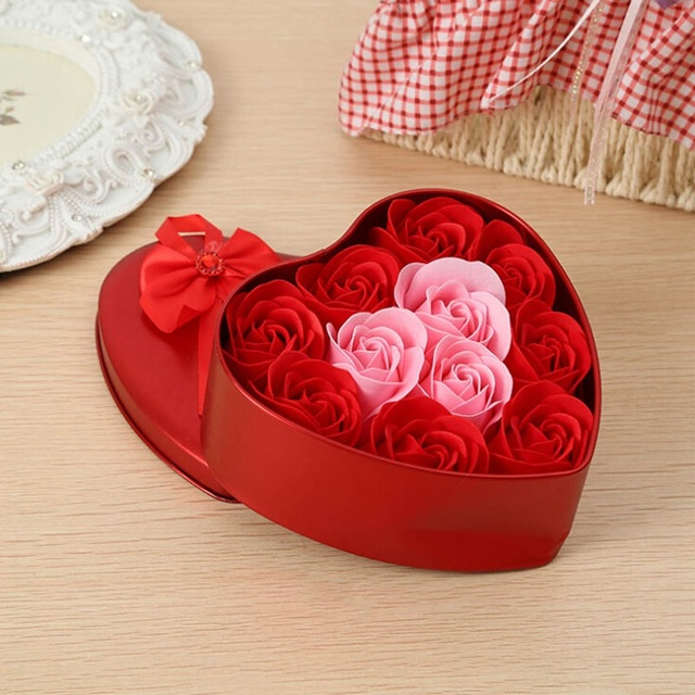 fae99d12296f4 Valentine s Day Lover Gift Rose Flower Artificial Soap Flowers Heart Shaped  Tin Box Red Rose Flower Festive Party Supplies