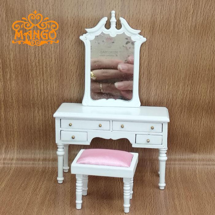 1/12 Scale Dollhouse Miniature Furniture Soverommet dresser og avføring