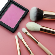 BEILI 5pcs makeup brushes Matte Pink Handle Goat hair Synthetic Hair Highlight Eye shadow Powder Pink Makeup brush set