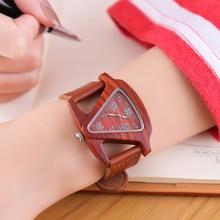 نساء ساعة معصم خشبي أسود السيدات ساعات كوارتز أنثى الخيزران ساعة يد جلدية موضة مثلث ساعة خشب دروبشيبينغ