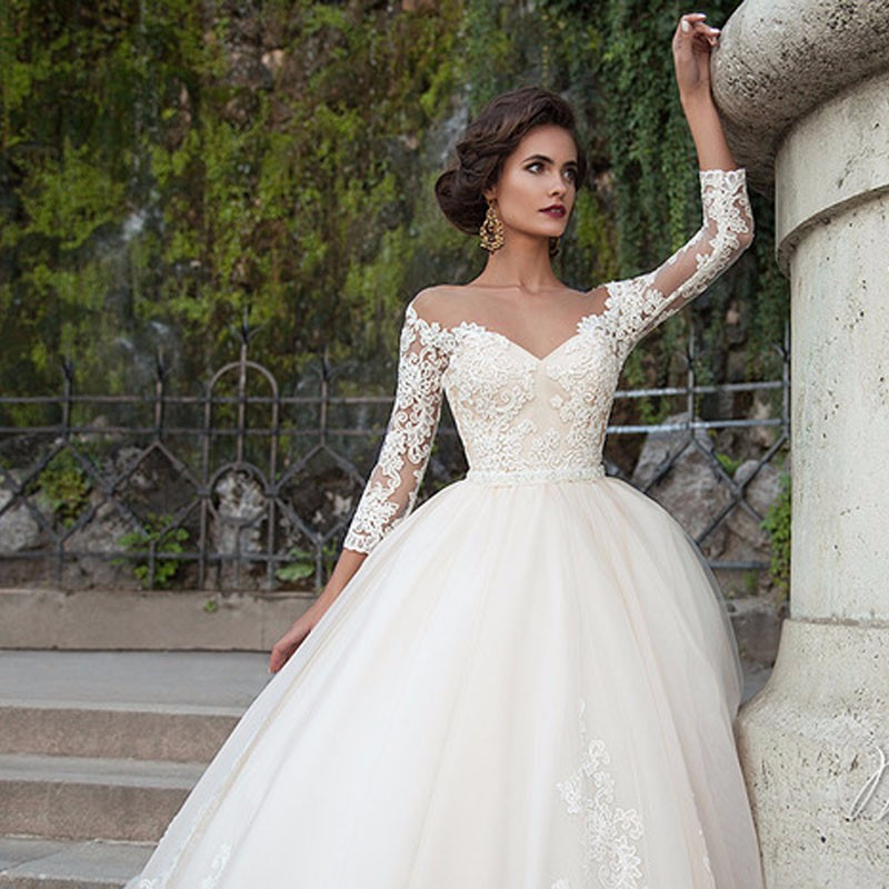 SA243-Three-Quarter-Sleeve-Vintage-Lace-Applique-Long-Backless-Ball-Gown-Wedding-Dresses-2016 (1)