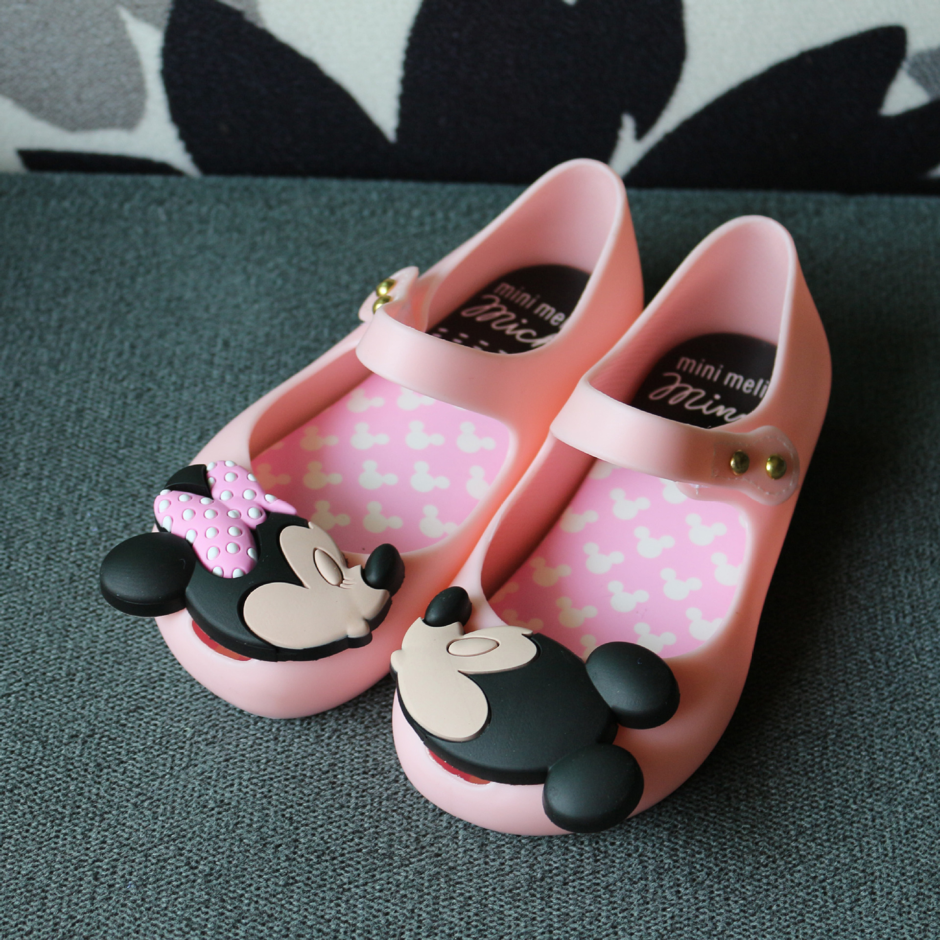 New Melissa Mini Shoes Original 2019 Summer Girls Sandals Mickey And Minnie Child Baby Girl Crystal Kids Jelly Sandals Red Black