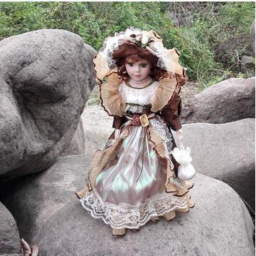 Hot Sell 41CM European Style Victoria Style Russia Ceramic Classical Doll Noble Porcelain Doll Desktop Decoration Birthday gift