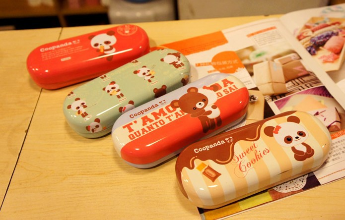 Free shipping/Cute panda glasses case box/sunglasses box/metal eyeglasses case/novelty gifts/retail