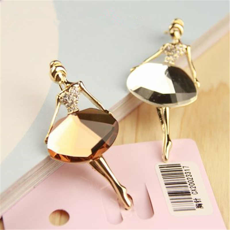 Wholesale Gold Metal Glass Crystal Temperament Ballet Girl Cartoon Hot Fashion Brooch for Women Lady Pins Party Sweater Jewelry