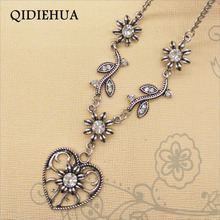 New Antique Silver Collar Necklace Women Peach Heart Flower Short Chain Necklace