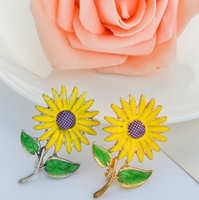 12pieces/lot Decorative Enamel Garment Jewelry Brooch Pin Bridal Wedding Sun Flower Brooch For Kids X1493