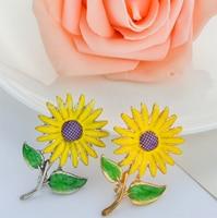 12pieces/lot Decorative Enamel Garment Jewelry Brooch Pin Bridal Wedding Sun Flower Brooch For Kids X1493