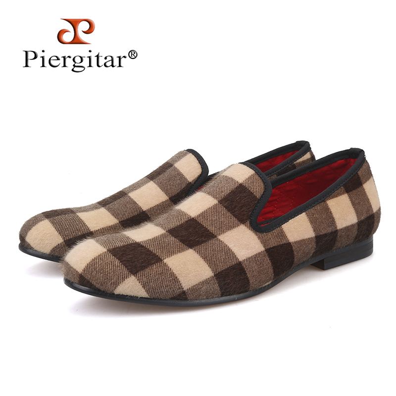 Piergitar new design Mixed color Plaid pattern velvet shoes Fashion party and wedding men dress shoes handmade plus size loafers color block plaid dress