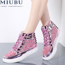купить MIUBU 2019 New Design Autumn Boots Women Fashion Flats Rivet Sequins Shiny Shoes Leather Casual Shoes Ankle Boots for Women по цене 1542.99 рублей