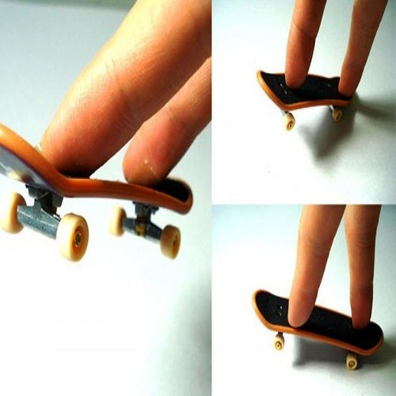 Finger Skateboards Brain Development Alloy ABS Plastic Finger Skateboard Deck Mini Board Tech Boys Games Toy