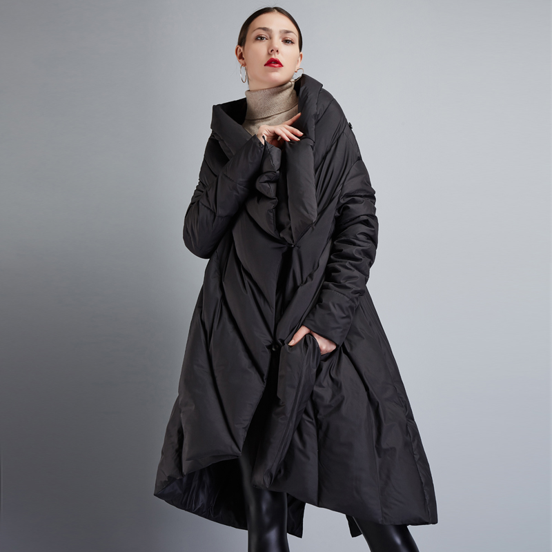 High Quality 2018 Winter Women's European Design Runway Fashion Asymmetric Length Long   Down     Coat   High-end Brand   Down   Jacket