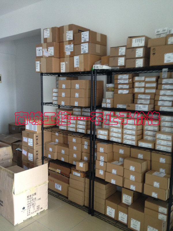 ALLEN BRADLEY 1762-IT4,NEW AND ORIGINAL,FACTORY SEALED,HAVE IN STOCK fs300r12ke3 new original goods in stock