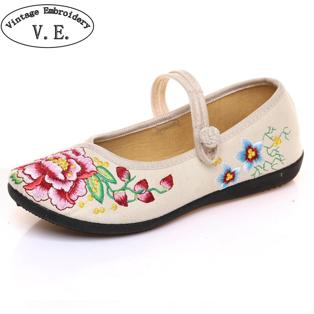Chinese Old BeiJing Women Shoes Flats Floral Embroidery Simple Comfortable Old Peking Ballerina Shoes Woman Sapato Feminino weowalk 5 colors chinese dragon embroidery women s old beijing shoes ladies casual cotton driving ballets flats big size 34 41