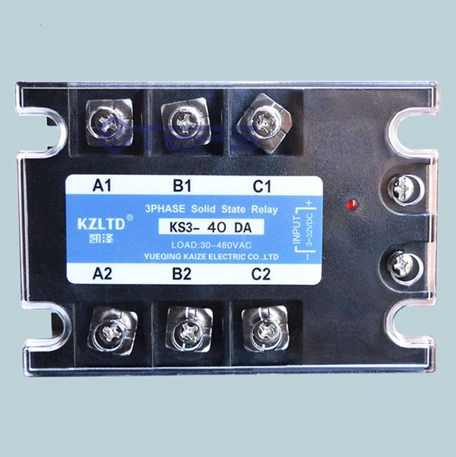 Three phase solid state relay 40A DC to AC SSR non contact relay