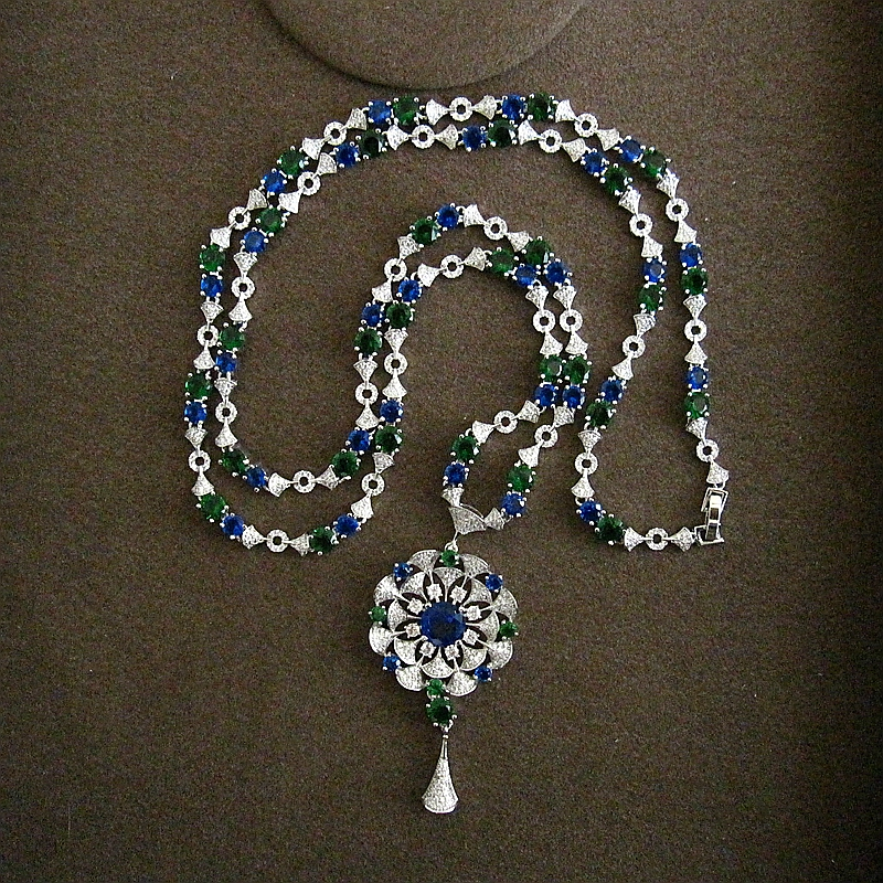 Fshion AAA cubic zirconia Classic Flower wheel Shaped Pendant Long Chain Necklace fashionable and elegant P2013