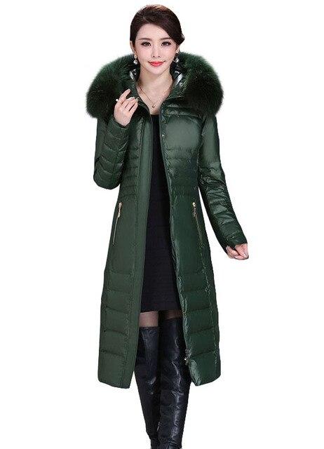 Chaqueta de invierno Mujeres 2016 Chaqueta de Invierno Femenina Elegante Abajo Cubre Engrosamiento de Lujo de Down Parkas Con Capucha de Piel De Mapache