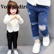 2018 wiosna dżinsy dla dzieci chłopcy dziewczyny moda otwory dżinsy dzieci dżinsy dla chłopców casualowe spodnie jeansowe 2-7Y maluch wysokiej jakości tanie tanio Stranglethorn Na co dzień light Unisex Elastyczny pas REGULAR Stałe B1807001 Pasuje prawda na wymiar weź swój normalny rozmiar