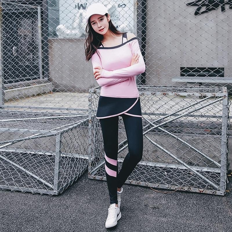 Prix pour Yoga costume 2017 t-shirt + sport soutien-gorge + pantalon long avec jupe 3 pièce femmes fitness vêtements large cou respirant stretch bien sportswear