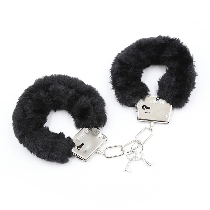 Sex Toys 3 Piece Set Black Red Color Iron Handcuffs Two Feathers Eye Mask Sex Game For Couple Enjoy More Sex Fun