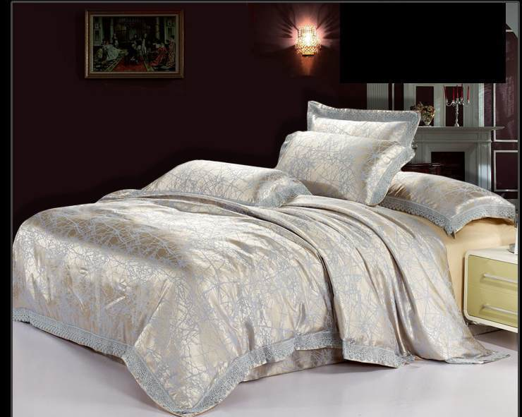 European Style Jacquard Tribute Silk Comforter Bedding Set