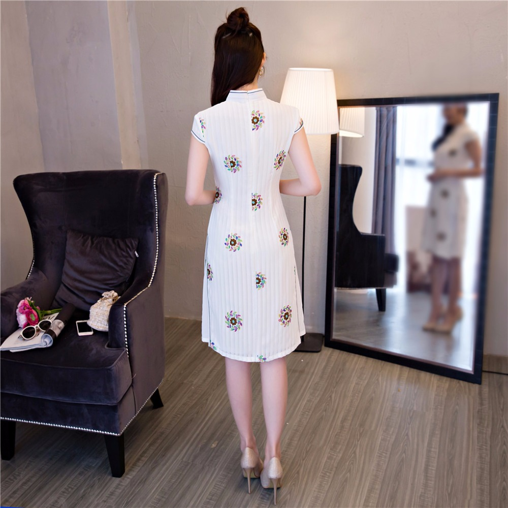 New Arrival Spring Summer White Aodai Vietnam Cheongsam Dress For Women Traditonal Clothing Short ao dai