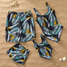 Купить с кэшбэком Family Look Mother Daughter Bikini Swimsuits Mommy Dad and Me Matching Clothes Father Son Swimwear Shorts Beach Dresses Outfits