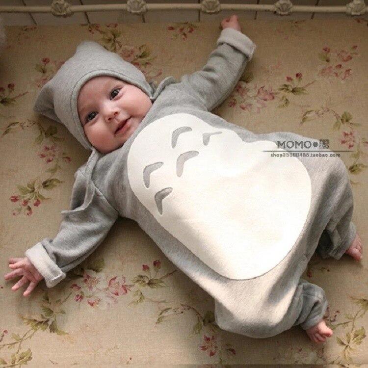 Bebé recién nacido de algodón de una sola pieza de ropa gruesa con ...