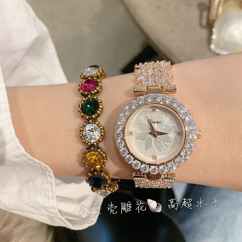 Image 4 - 2019 New Fashion Silver Women Watches Top Luxury Ladies Watch Women Rhinestone Crystal Quartz Watches Dress Wristwatches Clock-in Women's Watches from Watches