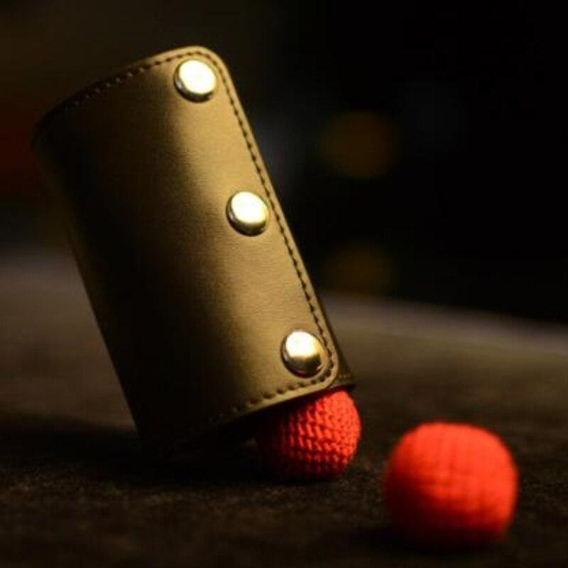 Nouveaux accessoires de magie professionnel gros plan magique miraculeuse tasse tours de magie coupe de coupe + baguette de cuivre