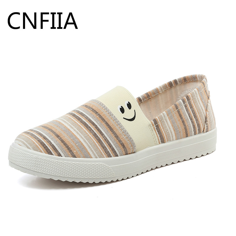 CNFIIA Women Flats Canvas Slip on Shoes for Women Walking Female Casual Shoes Ladies Flat Footwear Women Autumn Summer 2018 New bts shoes women canvas flat shoes 2016 new arrivals kpop bts all members ladies flats free shipping