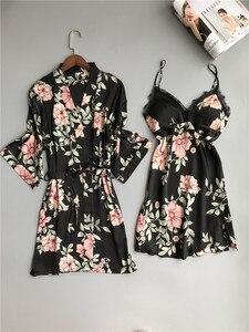 Image 4 - 新鮮な花サテンシルクセクシーなローブガウンセット女性バスローブ着物ドレッシングガウンレースシルクフラワー女性ローブスーツ