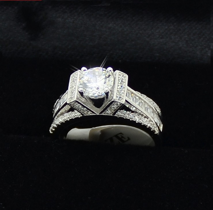 Victoria Wieck Eiffel Tower Style 5A CZ Zirconia batu simulasi 925 sterling Silver Party Engagement Wedding Ring Ukuran 5-10