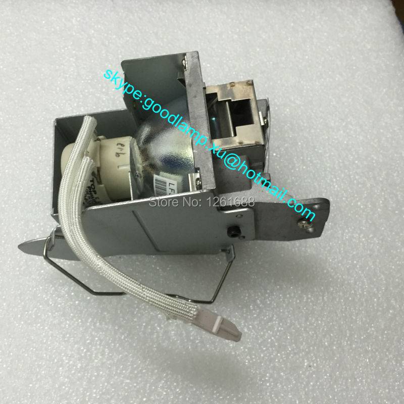 Original Projector Lamp for HITACHI CP-DX250 UHP190W DT01461