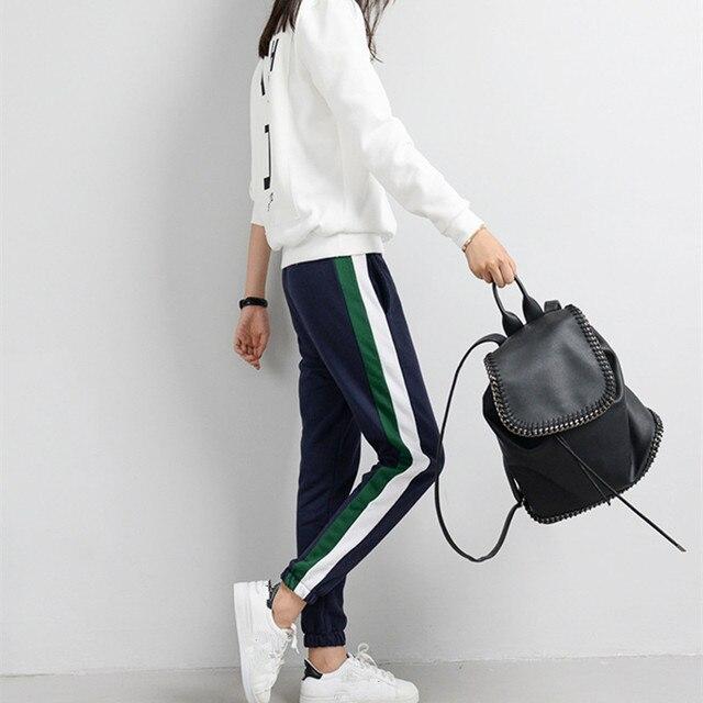На весну и зиму Треники Для женщин повседневные штаны-шаровары штаны свободного кроя для женский, черный в полоску сбоку тренировочные штаны женский плюс Размеры S-XXL