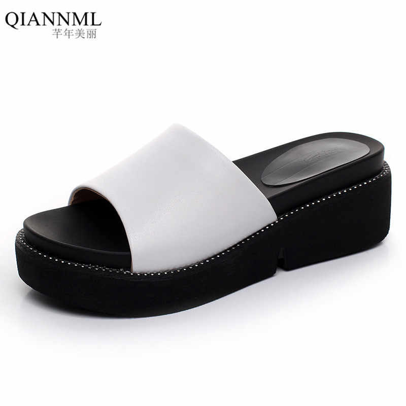 Qiannml Women's Slides Genuine Leather Summer Shoes 2019 Women Shoes Platform Wedges Slippers Outdoor Beach Slides woman