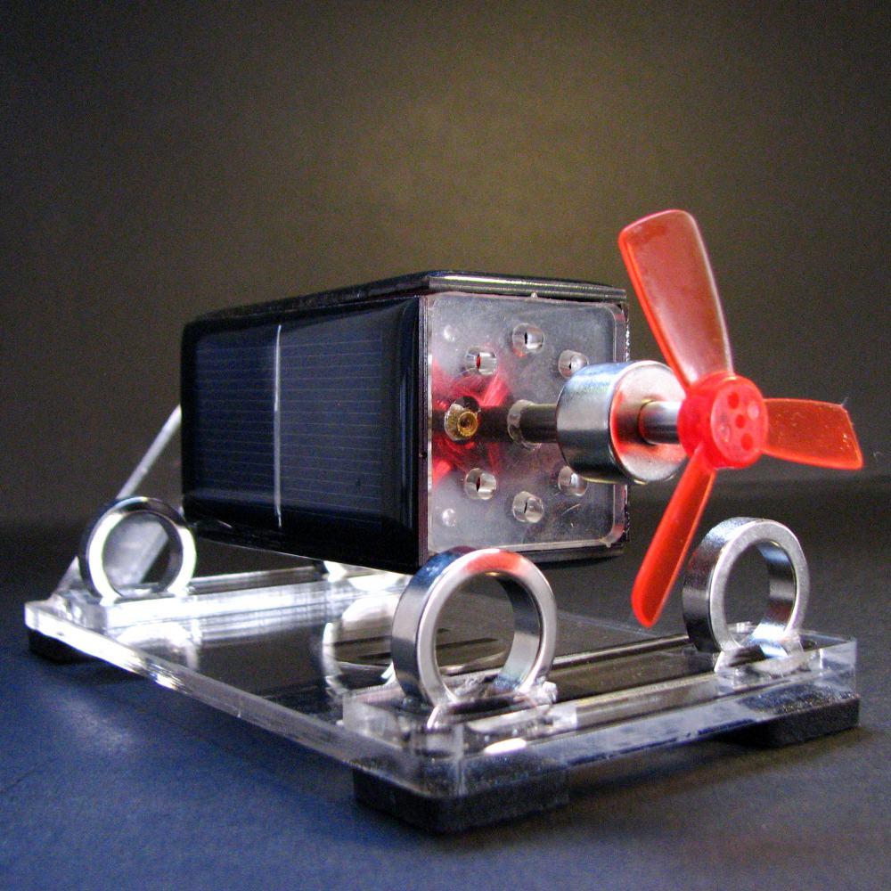 c24d5151cad Rotação do motor motor de energia solar Solar Mendocino ornamentos brinquedo  ciência kits com Hélice do motor de levitação magnética em Blocos de  Brinquedos ...