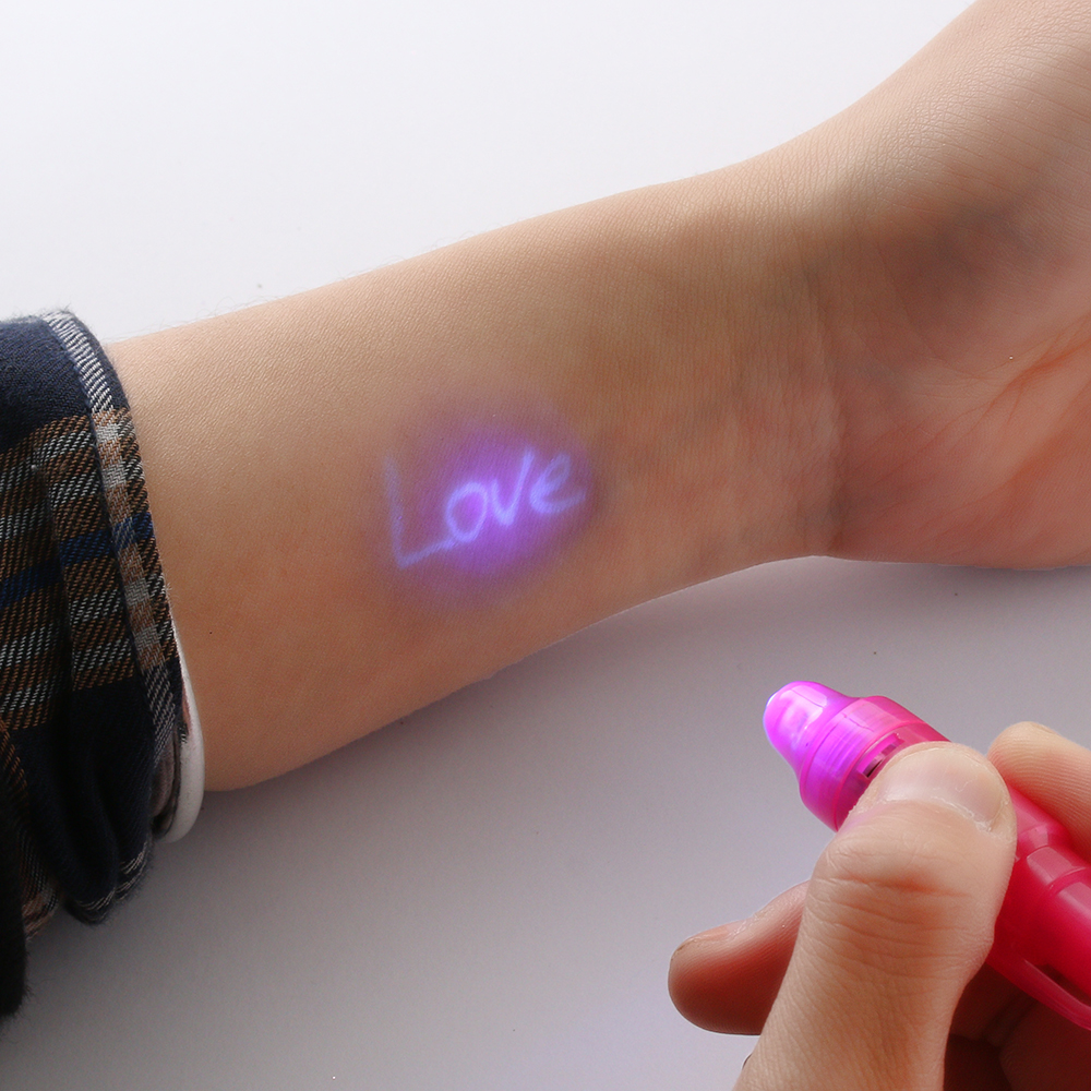 2Pcs 2 In 1 Invisible Ink Pen Built In UV Light Magic Secret Message Gadget Check Money Stationery Pens