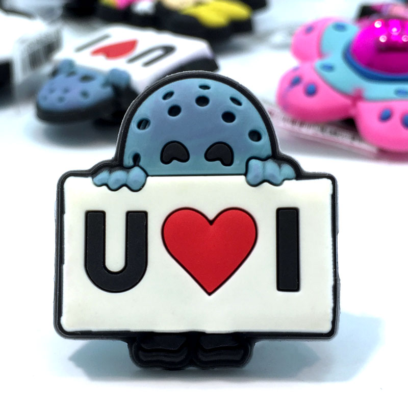 1pcs High Quality Hot Cartoon Shoes Model Shoe Charms Accessories Party Home Decoretion Kids Children Gift Fashion 1pcs high quality hello kitty hot cartoon shoe charms accessories party home decoretion kids children gift fashion