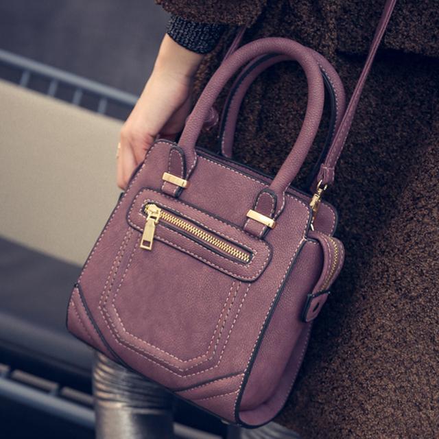 The 2017 winter new rock style motorcycle bag sewing casual fashion personality Single Shoulder Bag Handbag Bag