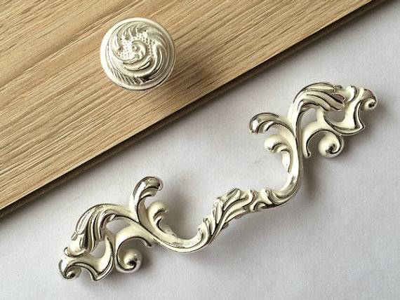 3 Dresser Pull Drawer Pulls Handles Cabinet Door Handle Knob Furniture Pulls Silver Bright / White Shabby Chic Decorative Knobs 5 drawer knobs pull handles dresser knob pulls handles antique black silver furniture hardware kitchen cabinet door handle pull