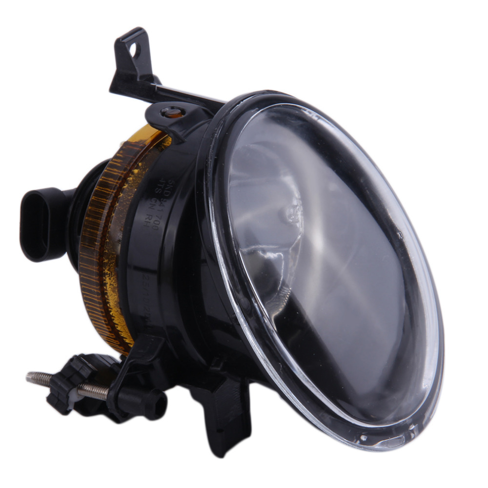 1Pcs Front Halogen Foglamps Clear Glass Lens Front Fog Light Driving Lamp For Volkswagen Passat B6 for right side runmade 1pair fog lights for 2006 2010 vw passat b6 3c clear lens front fog lamp driving lamp left