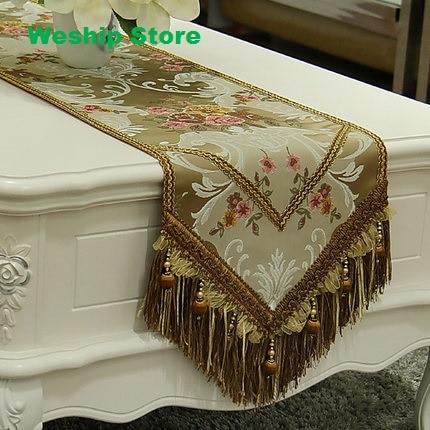 Mode moderne simple maison incroyable émulation tissu de soie doré Jacquard Rural chemin de table dentelle luxe Table drapeau et napperon